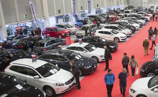 Caen un 10,5% los vehículos matriculados en octubre