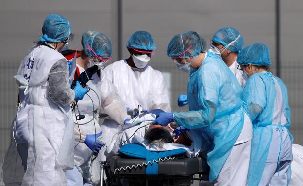 Revelan trágicas escenas en Hospitales de Madrid — VIDEOS
