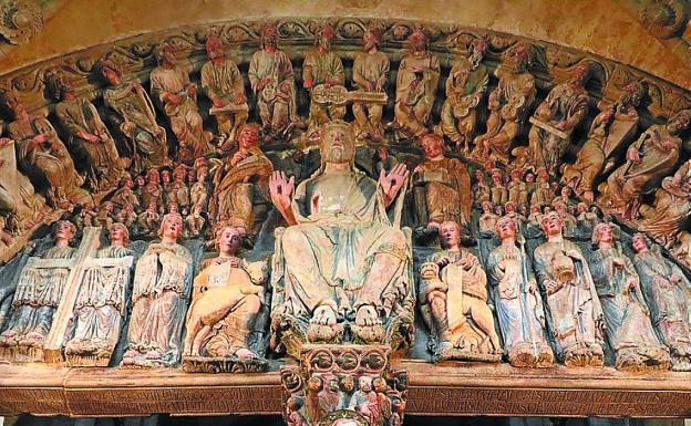 Fin del camino. El Pórtico de la Gloria de la catedral de Santiago./EFE