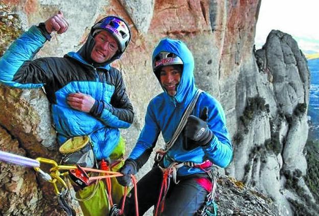 Los hermanos Pou, que ofrecerán una conferencia el viernes, durante una de sus expediciones. /