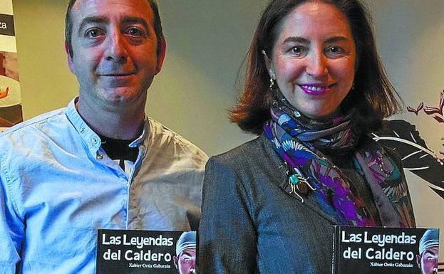 Xabier Ortiz y Elena Arzak, en la presentación de ayer. / MICHELENA