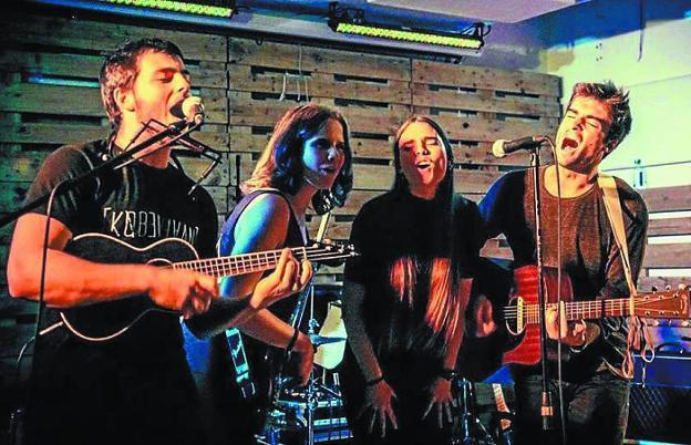 Nøgen. Componentes del grupo donostiarra en una actuación en directo del pasado año./