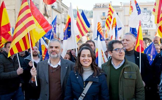 """[Cs] Inés Arrimadas: """"Estos presupuestos son una ruina, el Govern no sabe los desempleados que hay en Catalunya"""" Arrimadas-kzBD-U70676238729chB-624x385@RC"""