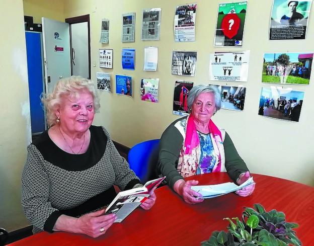 Más libros. Lola Muriel y Nati López, aficionadas a la lectura./
