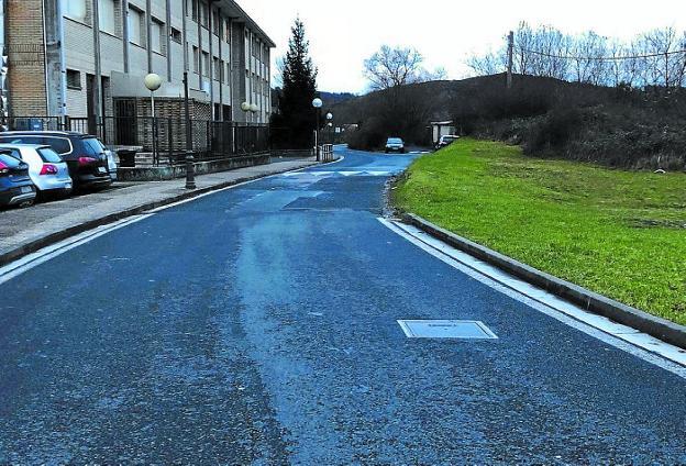 Más ancho. Tras las obras, el vial tendrá doble carril y la anchura correspondiente en todo el tramo./