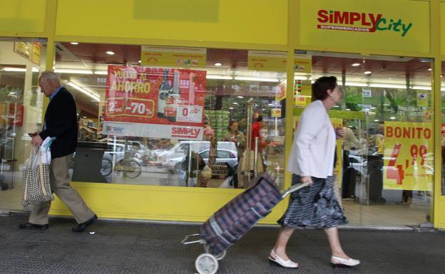 Uvesco sale de compras por Bizkaia