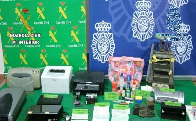 Material incautado por la Guardia Civil y la Policía Nacional /Guardia Civil