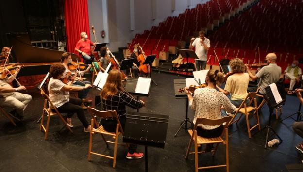 Los músicos en el ensayo general de ayer. / F. DE LA HERA